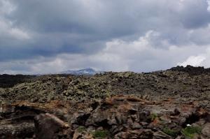 Proximate lava field, distant volcano